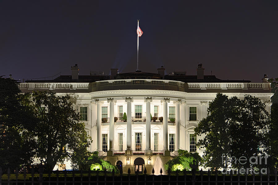 1600 Photograph - The White House by John Greim