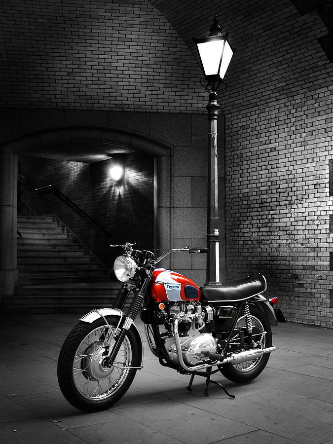 Triumph Bonneville Photograph - Triumph Bonneville T120 by Mark Rogan
