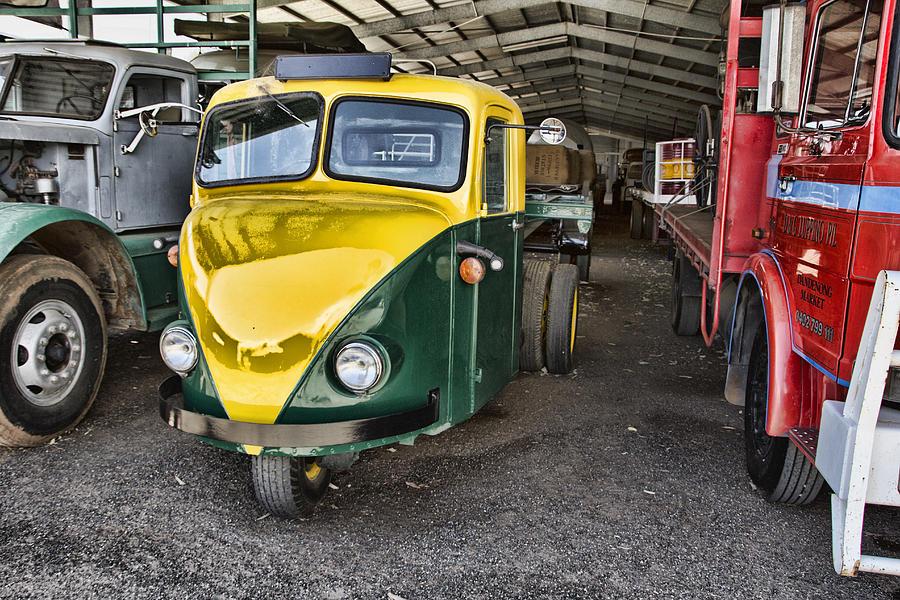 Alice Springs Photograph - 3 Wheeler Truck by Douglas Barnard