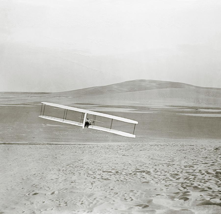 Wilbur Wright Photograph - Wright Brothers Kitty Hawk Glider by Library Of Congress