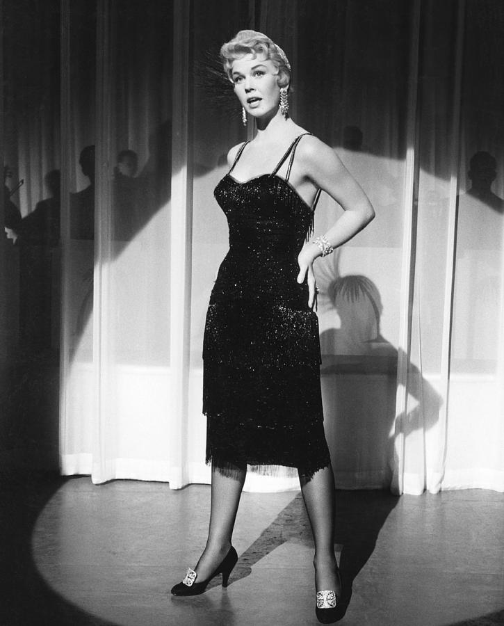 4-love-me-or-leave-me-doris-day-1955-eve