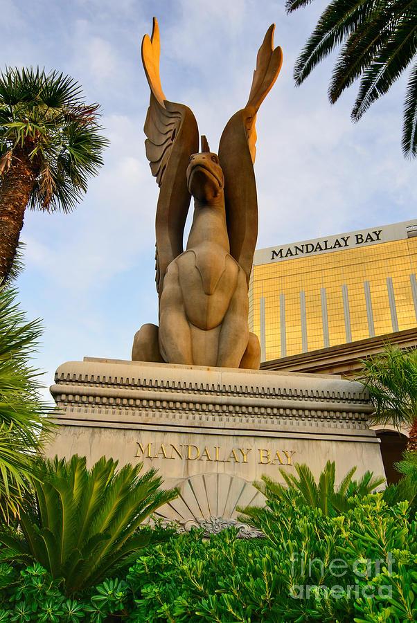 casino next to mandalay bay