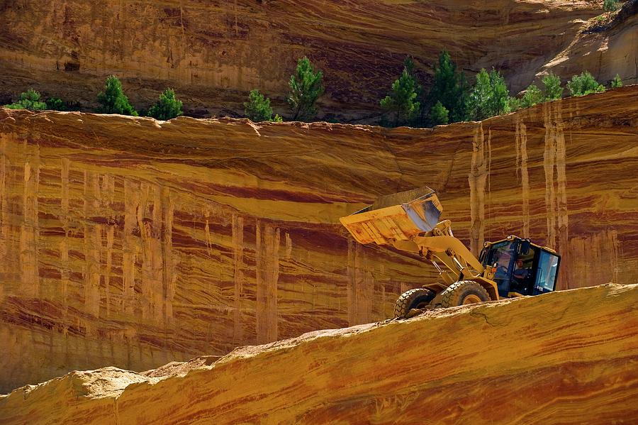 Clay Photograph - Ochre Quarry by Philippe Psaila/science Photo Library