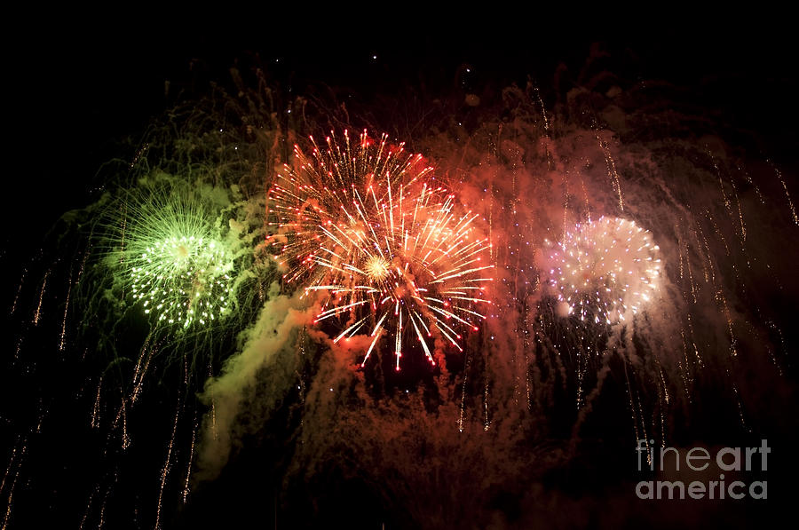 Fireworks Photograph - 4th July Fireworks in Chicago by Dejan Jovanovic