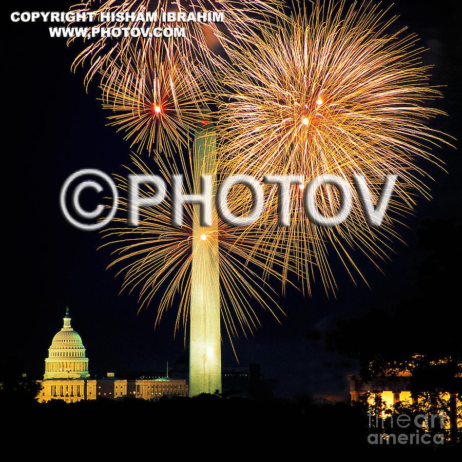 Washington Dc Photograph - 4th Of July Fireworks Over Washington Dc by Hisham Ibrahim