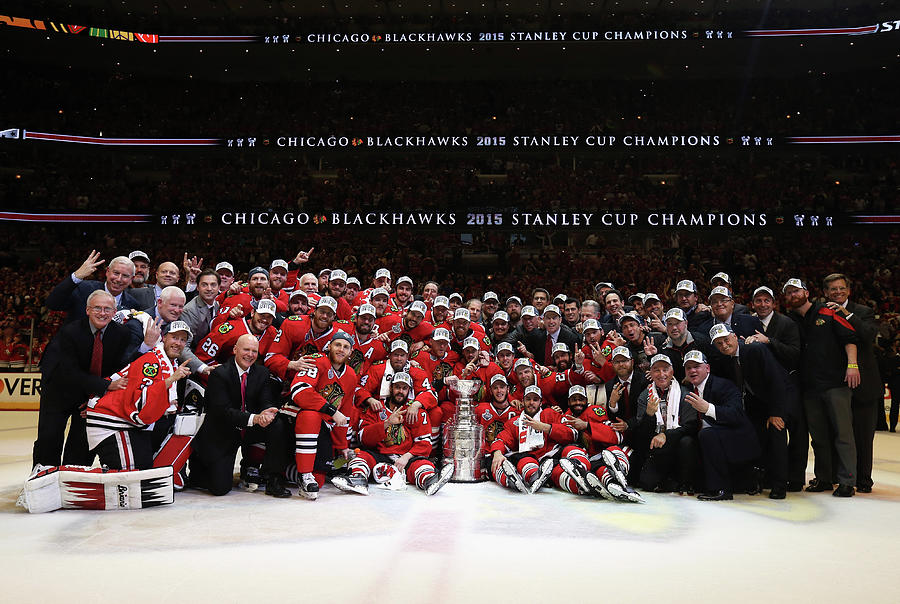 2015 Nhl Stanley Cup Final - Game Six Photograph by Dave Sandford