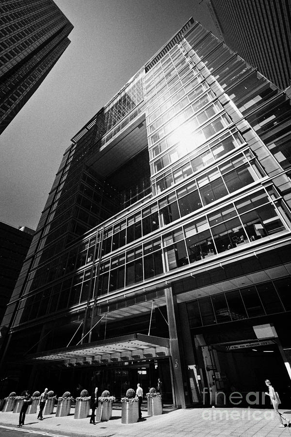 5 Canada Square Bank Of America And Credit Suisse Canary