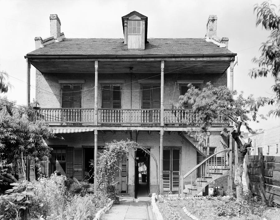 1938 Photograph - New Orleans House by Granger