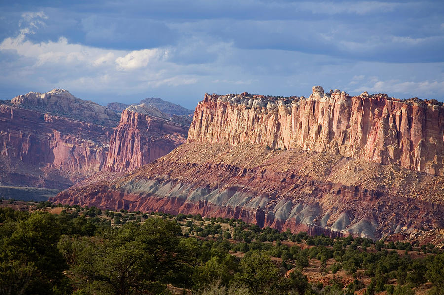 Capitol Reef National Park Photograph - Redrock Scenery In Capitol Reef 5 by Scott Warren