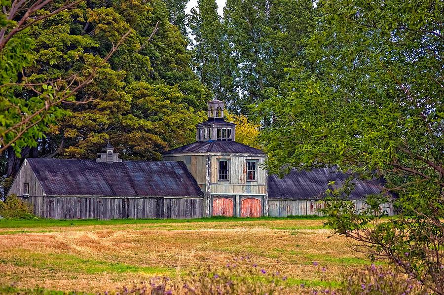 Barn Photograph - 5 Star Barn by Steve Harrington