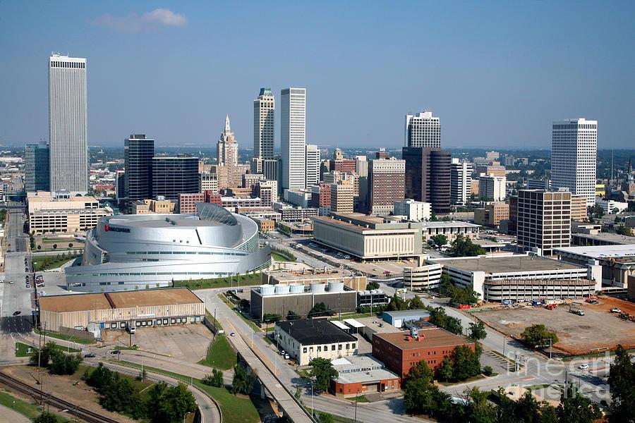 Tulsa Oklahoma Skyline Photograph By Bill Cobb