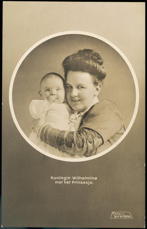 Wilhelmina Photograph - Wilhelmina, Queen Of Holland  Reigned by Mary Evans Picture Library