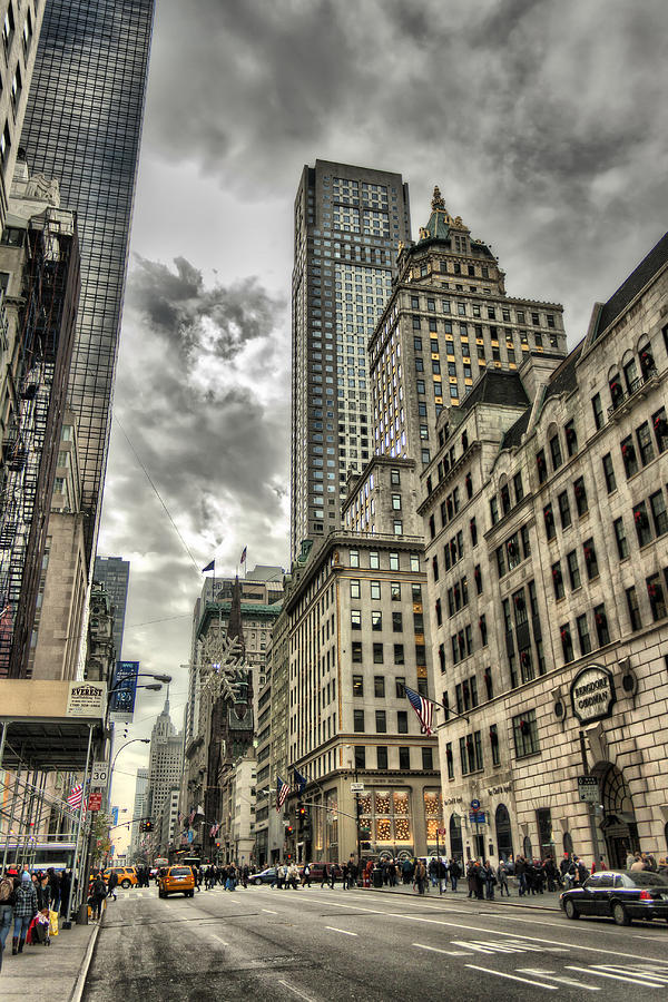 New York Photograph - 5th Avenue - New York by Pier Giorgio Mariani