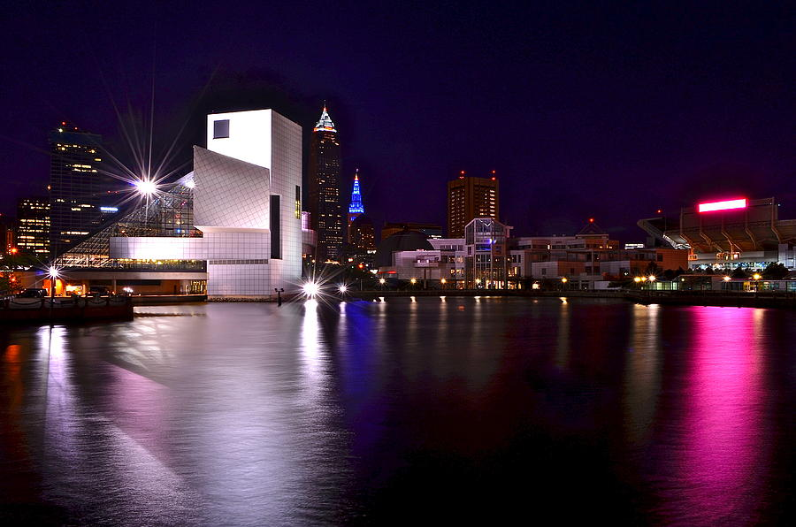 Cleveland Photograph - Cleveland Skyline by Frozen in Time Fine Art Photography