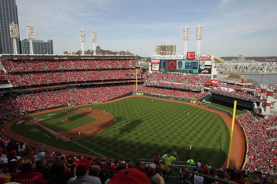St. Louis Cardinals Vs. Cincinnati Reds Photograph by John Grieshop
