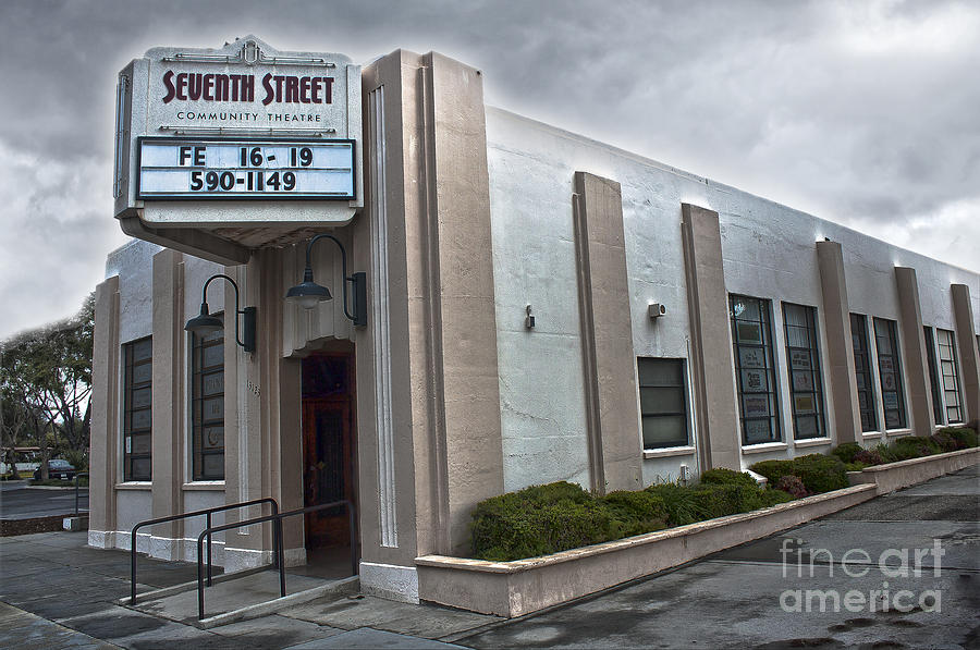 7th Street Theatre Photograph - 7th Street Theatre - Chino Ca by Gregory Dyer