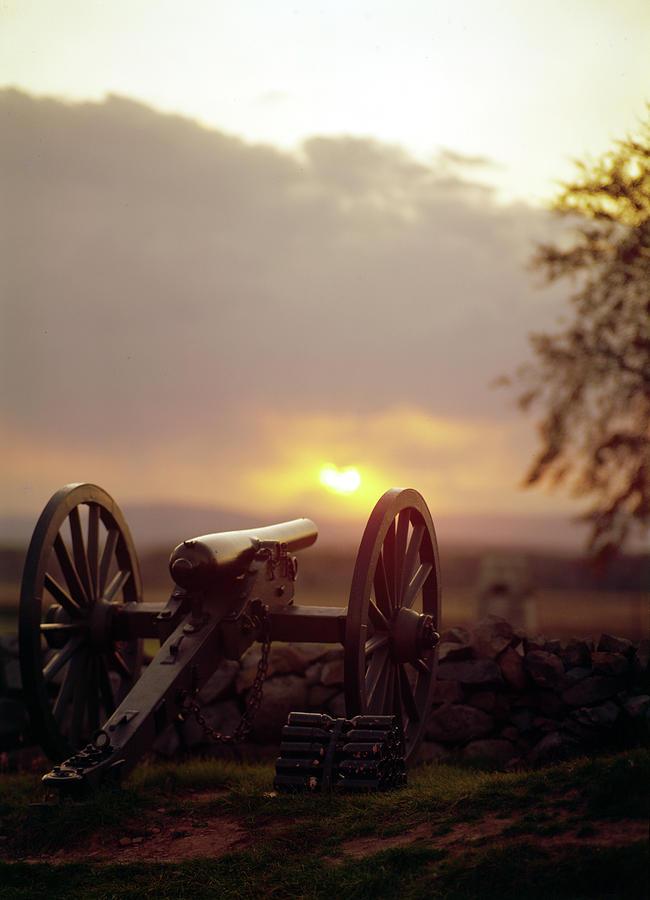 1998 Photograph - Gettysburg Military Park by Granger