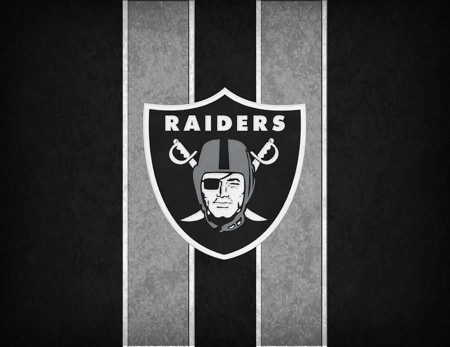 Raiders Photograph - Oakland Raiders by Joe Hamilton