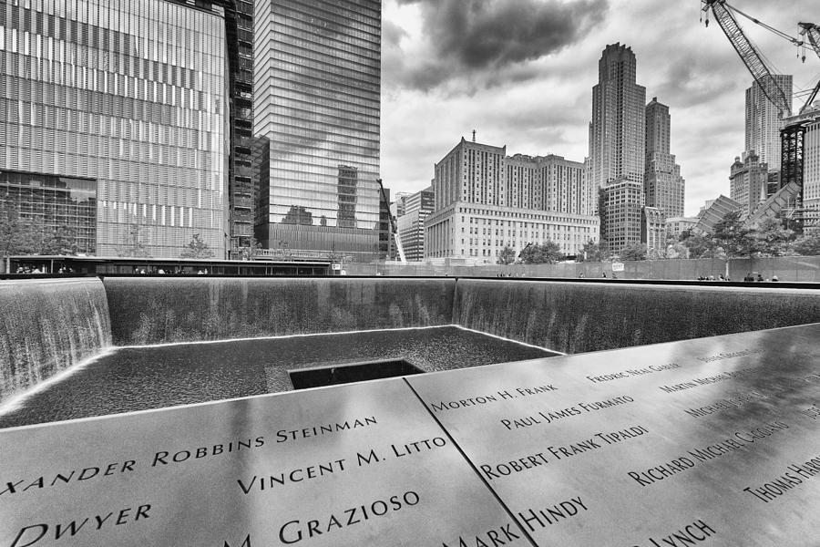 New york photograph 9 11 memorial infinity pool by jeff shapiro