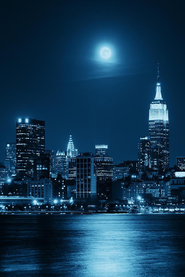 Moon Rise Manhattan Photograph