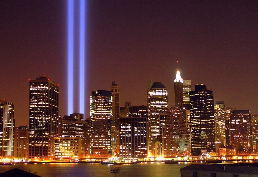 9/11 Lights Over Manhattan Photograph by Linus Gelber / Alert the Medium