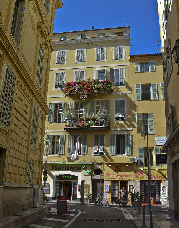 Cityscape Photograph - A Corner In Nice by Allen Sheffield