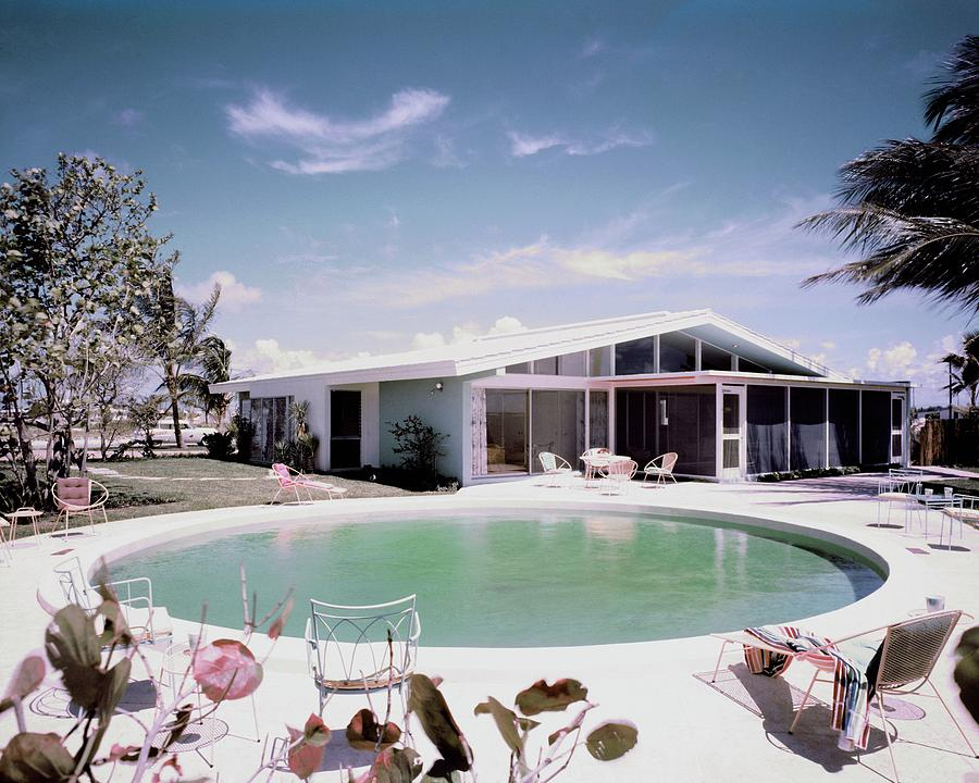 A House In Miami Photograph by Tom Leonard