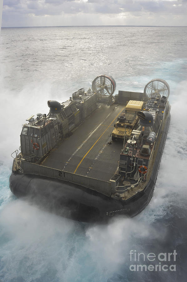 A Landing Craft Air Cushion Propels Photograph