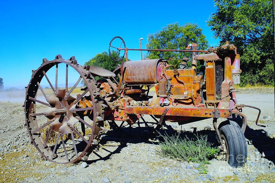 Tractors Photograph - A Long Right Hand Turn  by Jeff Swan