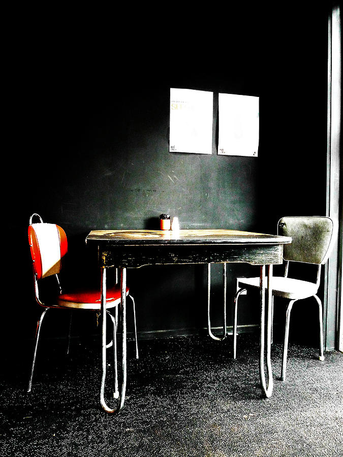 Beat Street Photograph - A Table For Two by Steve Taylor