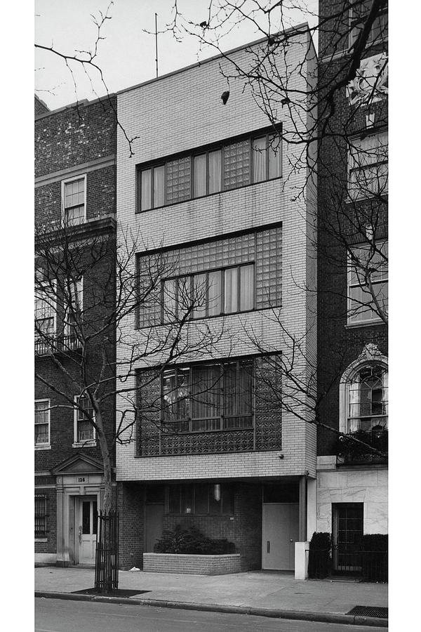 A Townhouse Designed By William Lescaze Photograph by Samuel H Gottscho and William Schleisner