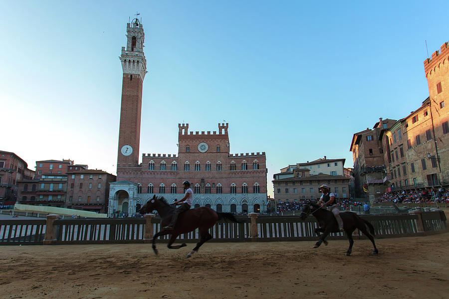 A Trial Run Of The Famous Palio Di Siena Photograph by Tu Xa Ha Noi