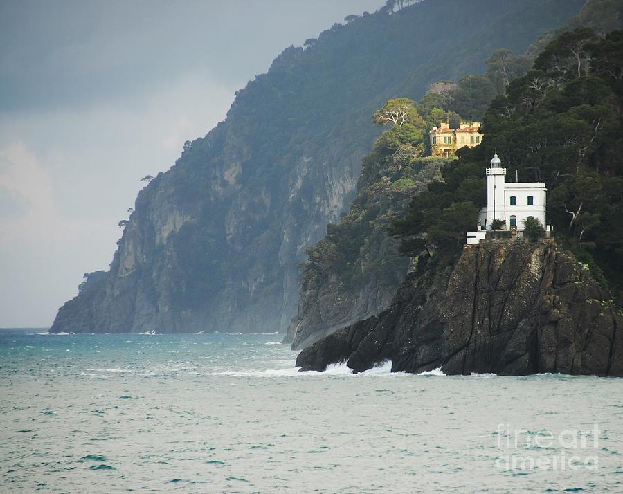 Lighthouses Photograph - A Welcome Light by Mel Steinhauer