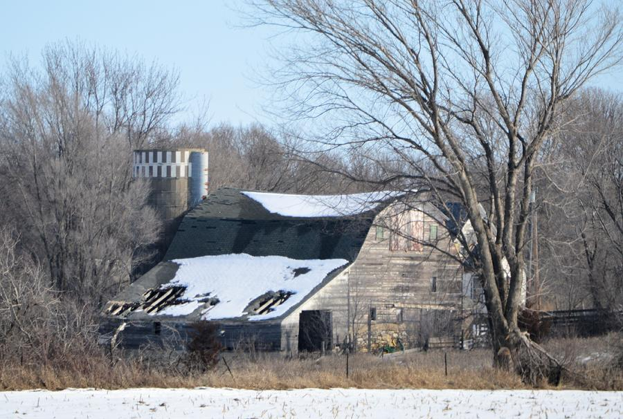 Barn Photograph - Abandoned Barn by Bonfire Photography