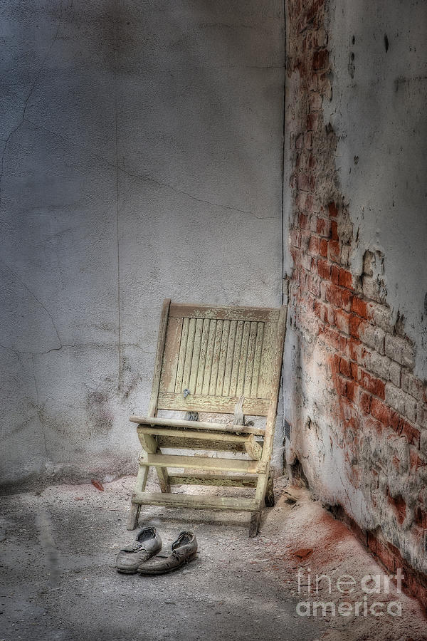 Chair Photograph - Abandoned But Not Forgotten by Susan Candelario