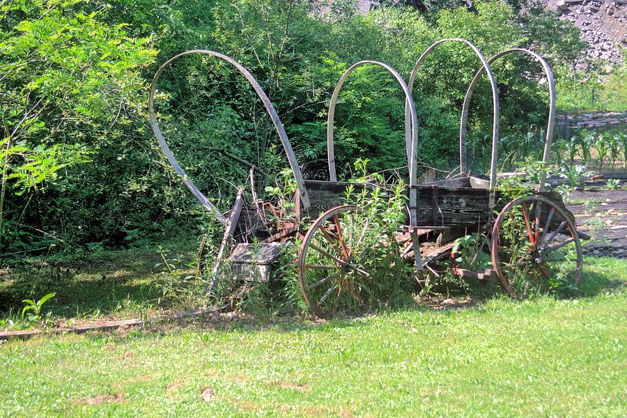 6048 Photograph - Abandoned by Gordon Elwell