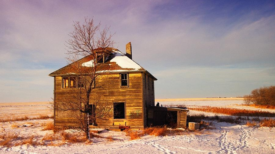 Abandoned Photograph - Abandoned House by Jeff Swan