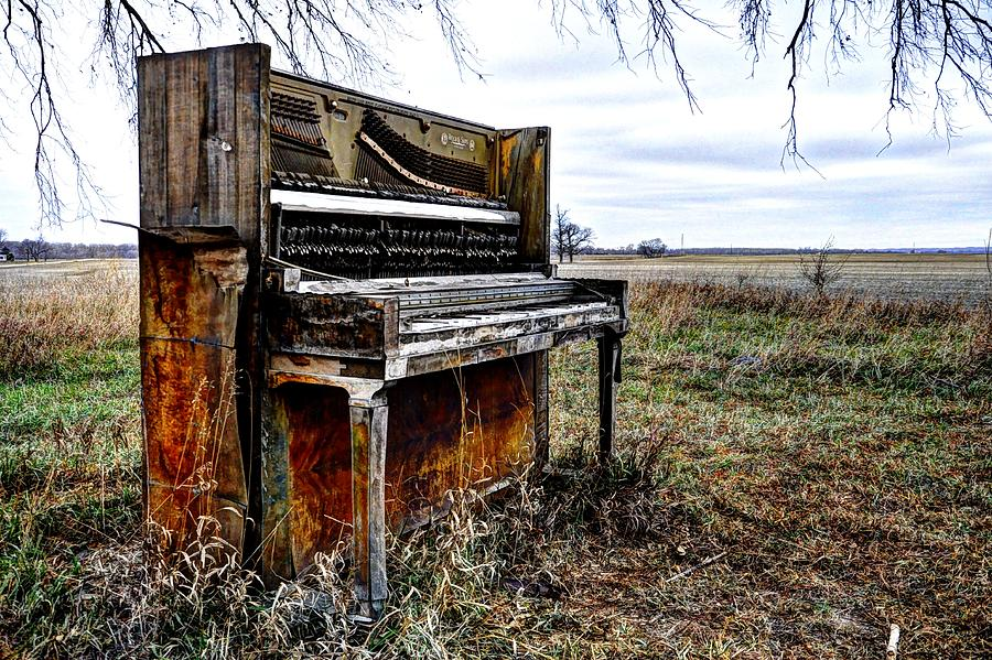 Abandoned Piano Photograph - Abandoned by Jean Hutchison