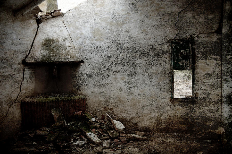 Grunge Photograph - Abandoned Little House 3 by RicardMN Photography