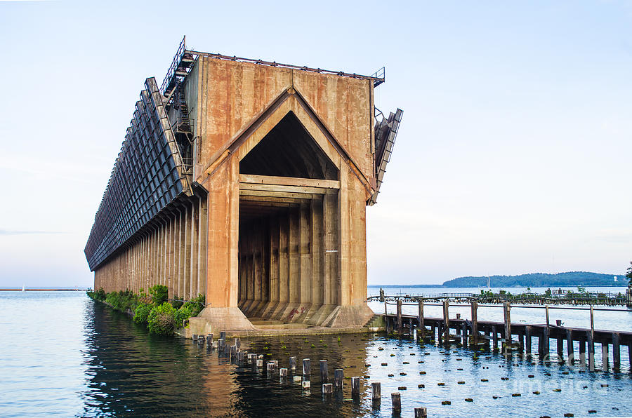 Abandoned Ore Dock Marquette Michigan Photograph By