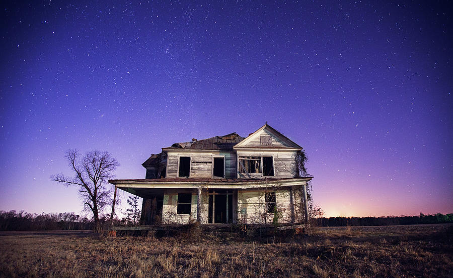 Abandoned Rural Farmhouse Photograph by Malcolm Macgregor