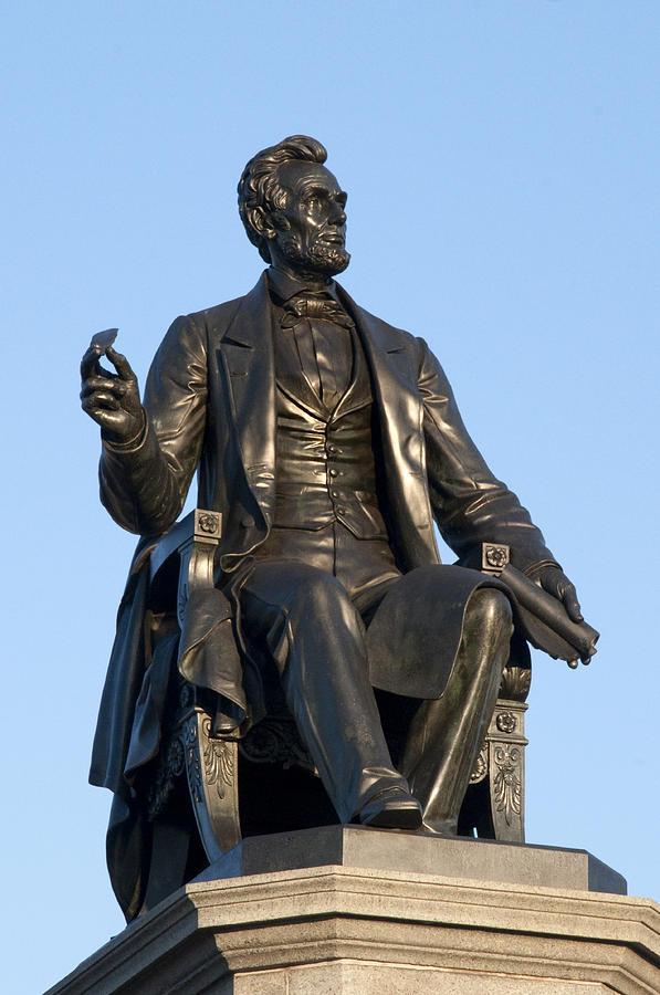 Canvas Lincoln Tech >> Abraham Lincoln Statue Philadelphia Photograph by Bill Cannon