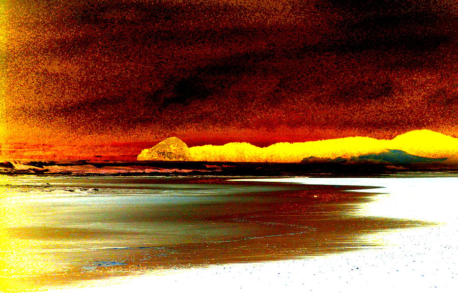 Abstract Seascape Photograph - Abstract Seascape by Mamie Gunning