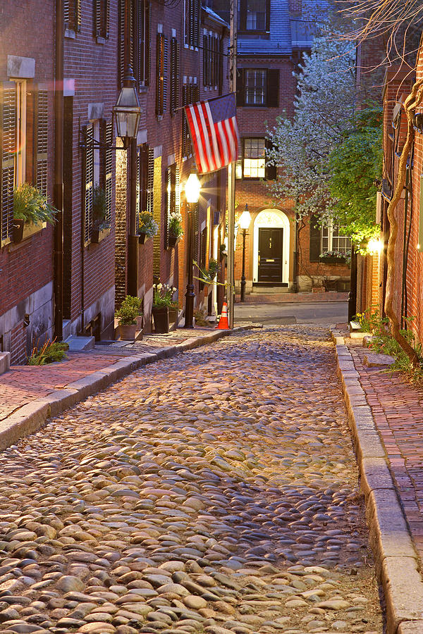 Acorn Photograph - Acorn Street Of Beacon Hill by Juergen Roth