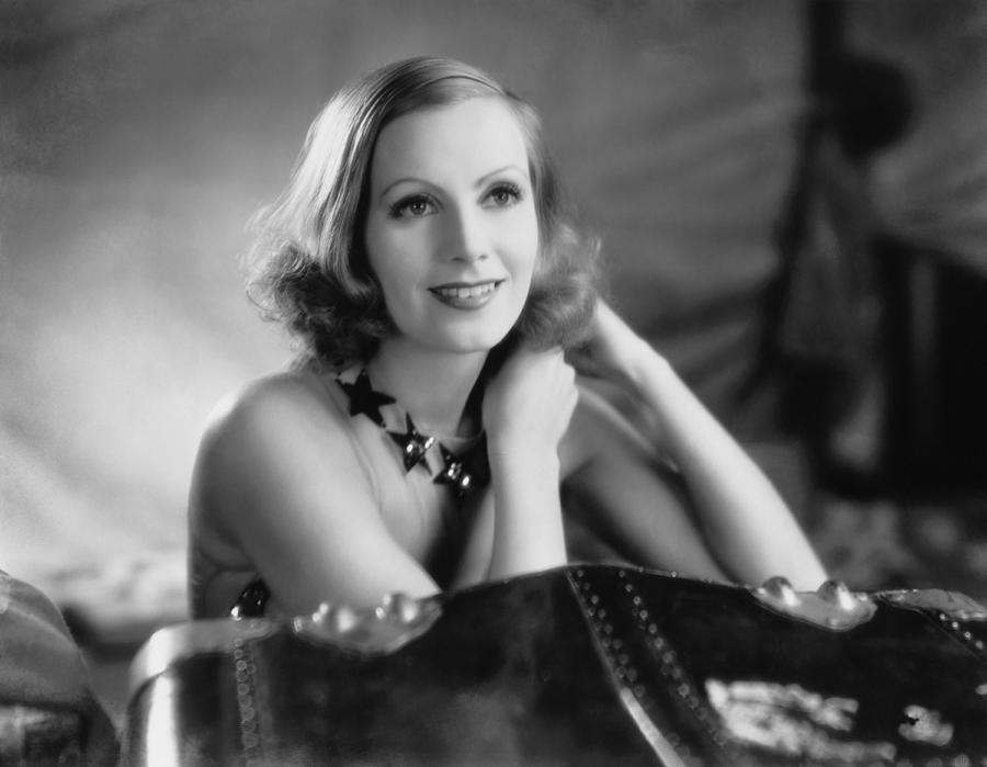 1920's Photograph - Actress Greta Garbo by Underwood Archives