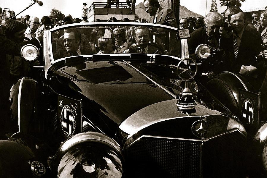 Adolf hitler 39 s 1941 mercedes benz 770 k touring car sold for Mercedes benz germany careers