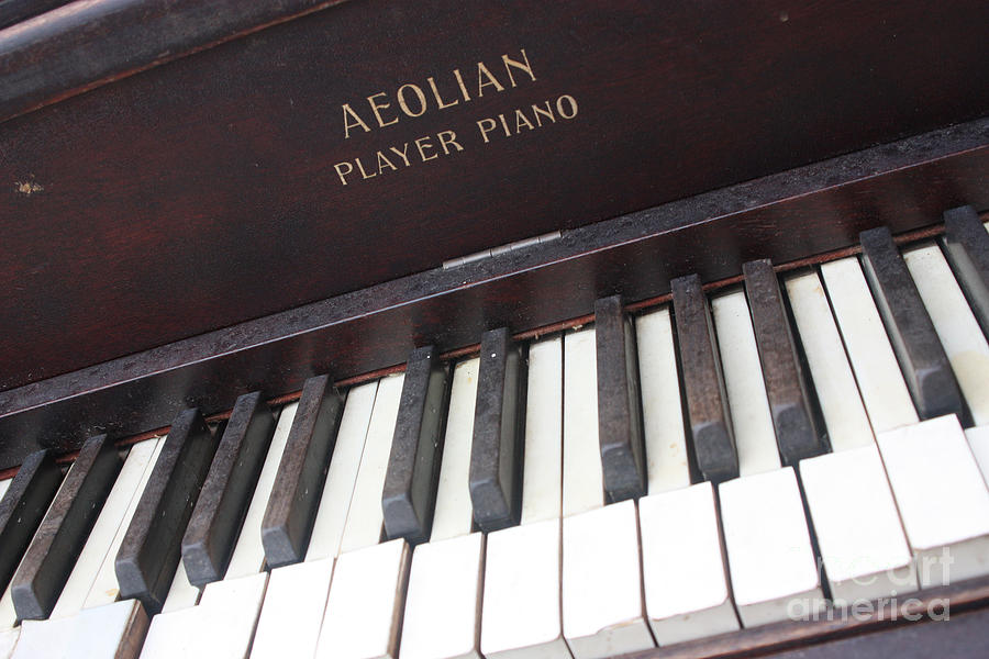 Aeolian Photograph - Aeolian Player Piano-3484 by Gary Gingrich Galleries