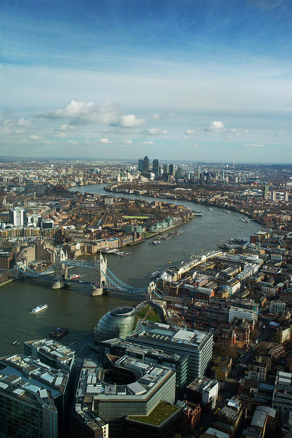 Curve Photograph - Aerial View Of London Looking Towards by Peter Kindersley