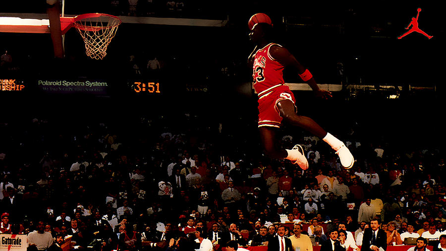 Michael Jordan Digital Art - Air Jordan In Flight by Brian Reaves