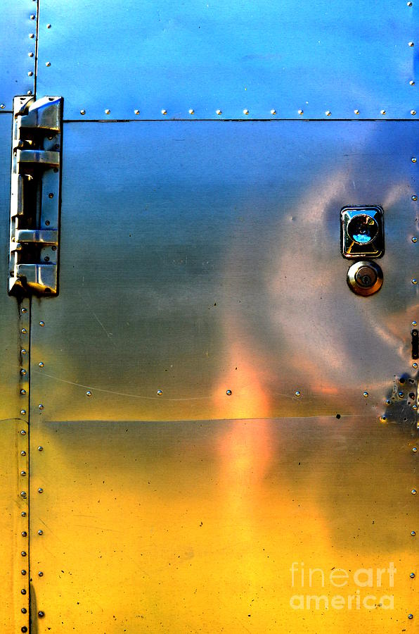 Abstract Photograph - Airstream Sunset by Newel Hunter